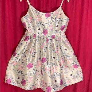 👠Jealous Tomato White/Floral Dress Size M